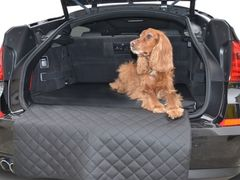 eleganter hundetransport im auto travelmat f r den schutz. Black Bedroom Furniture Sets. Home Design Ideas